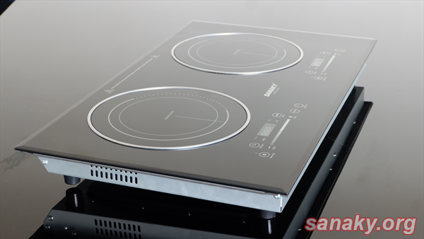 Bếp Đôi Điện Từ - Hồng Ngoại Sanaky SNK-IHW40A có mặt bếp bằng sứ cao cấp công nghệ Đức